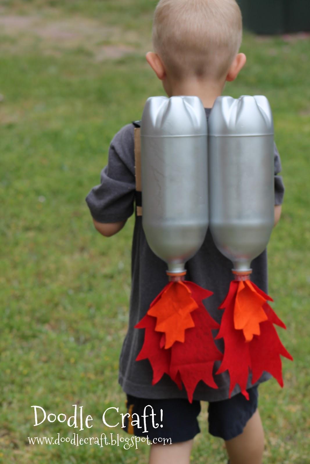 Костюмы из пластиковых бутылок своими руками