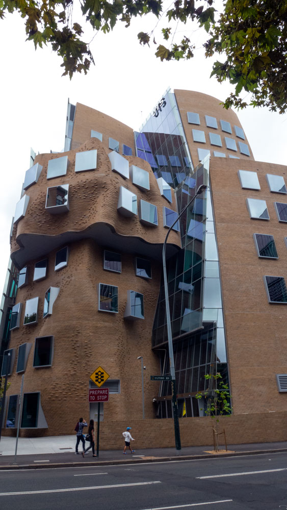 Gehry-UTS-P1110159