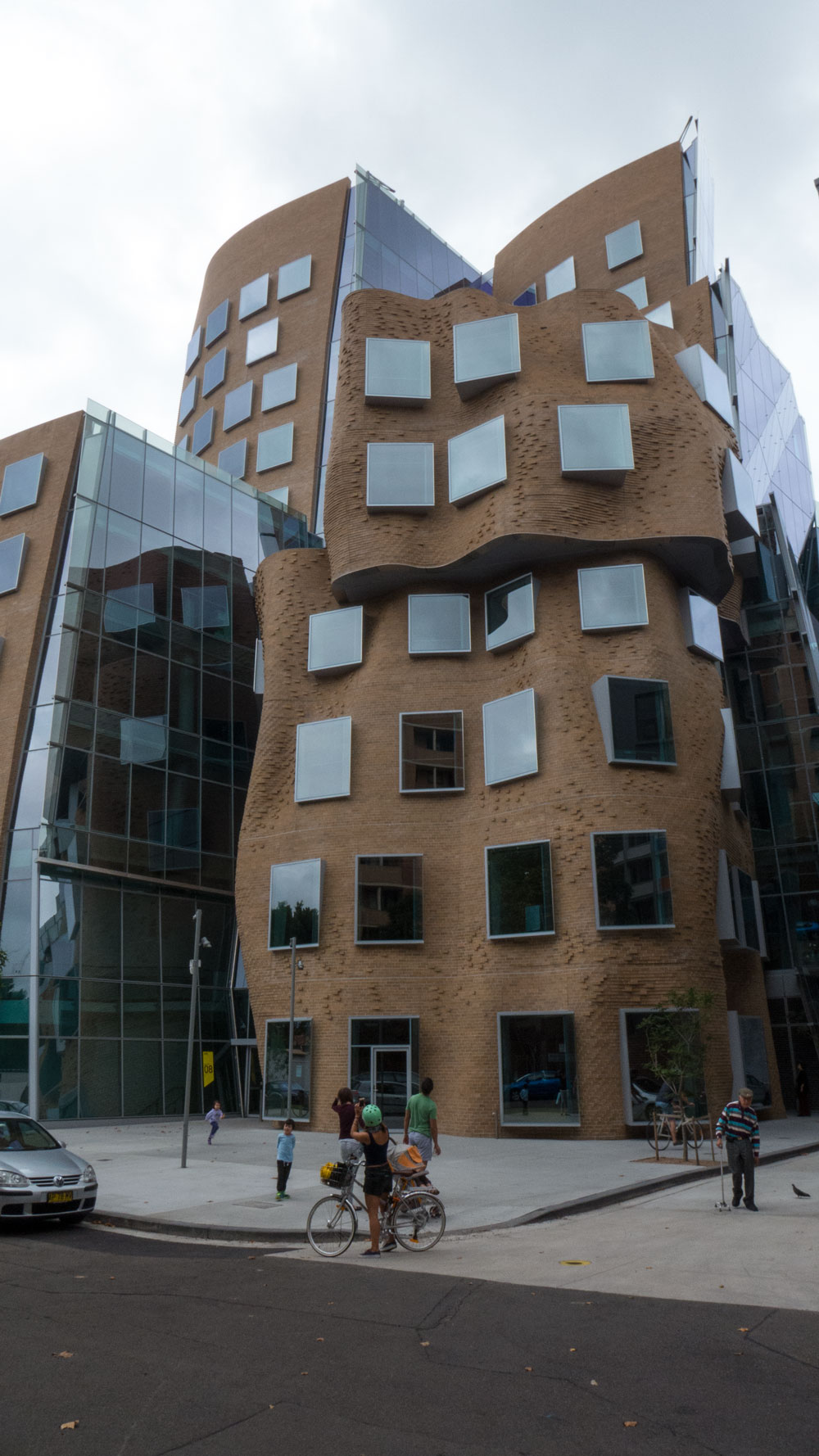 Gehry-UTS-P1110171
