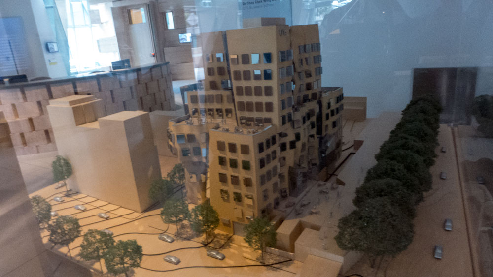 Gehry-UTS-P1110203