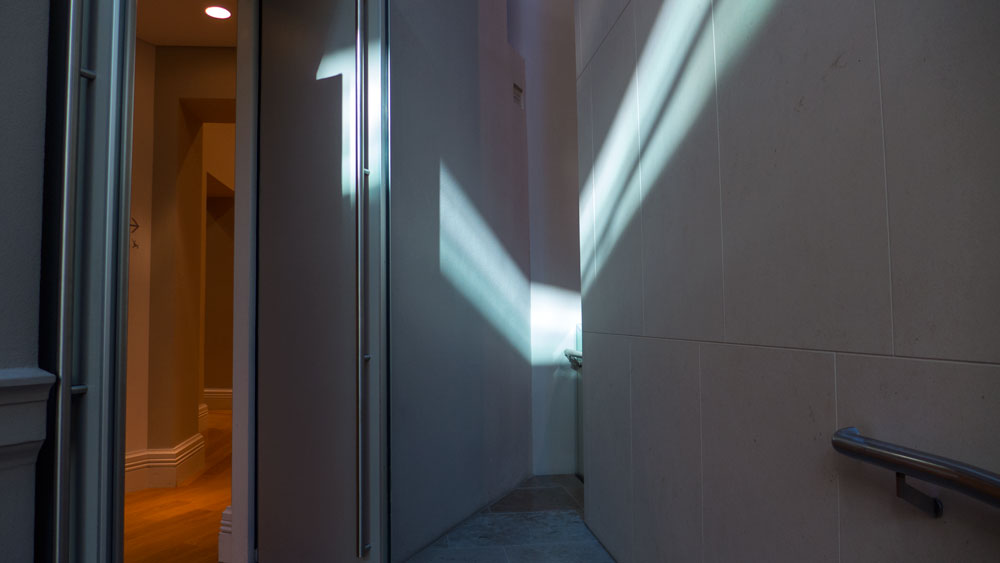 gallery-light-doorwayP1180501