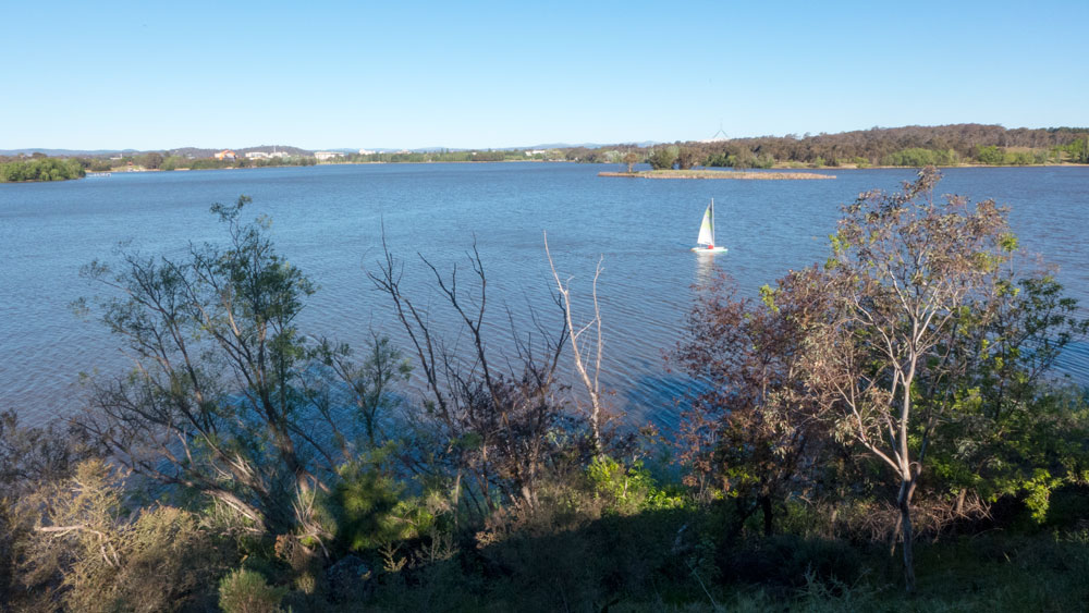 View-Lake-ParliamentP1010880